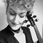 Violinenlehrerin Julia Siegert